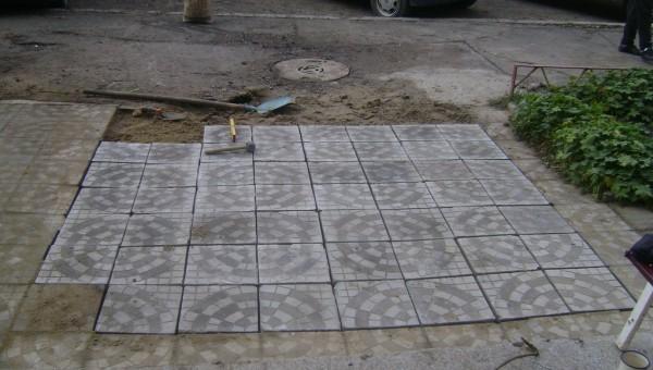 Поставяне на плочки след отпушване на канали